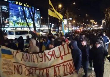 Запорожцы вышли на марш Достоинства и Свободы