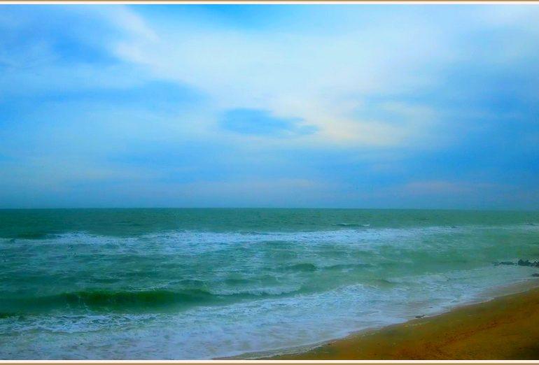 Сине-зелёный день на море в Запорожской области (фото)