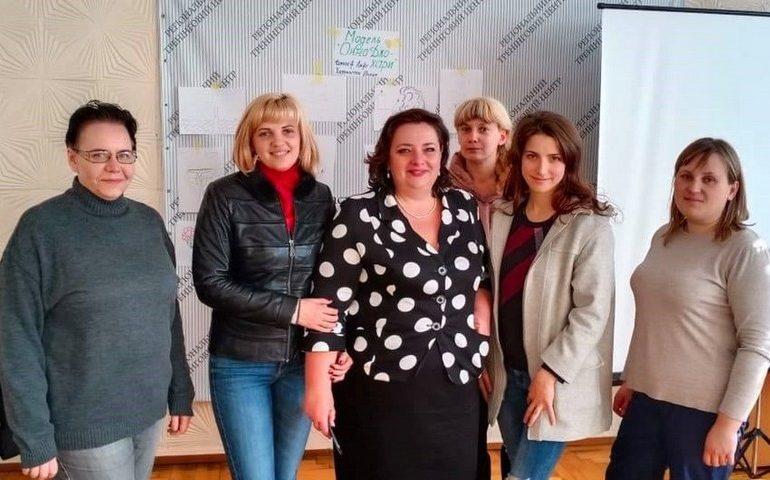 В Запорожской области для женщин-переселенок открыли курсы профессиональной подготовки
