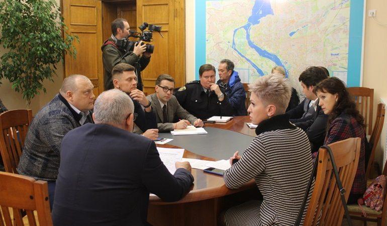 В Запорожье обсудили план борьбы со стихийным рынком возле цирка