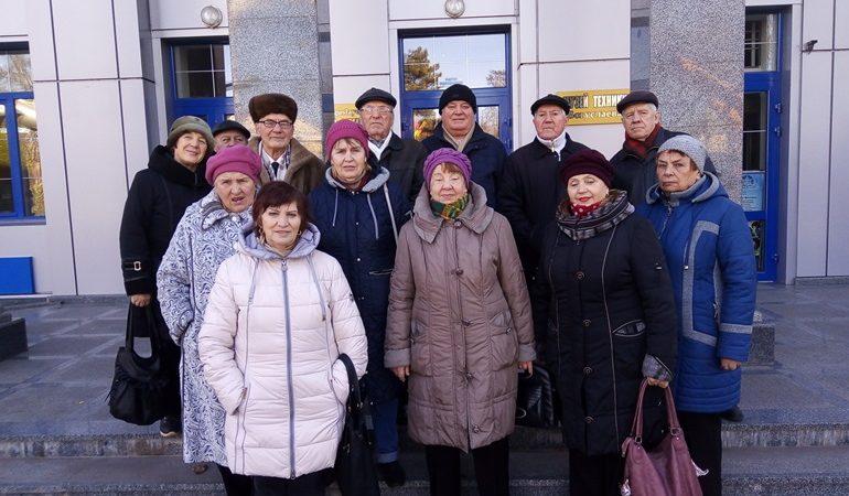 В Запорожье ветераны посетили  музей техники АО «Мотор Сич»