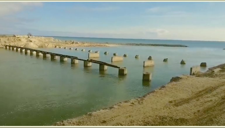 В Запорожской области Молочный лиман стал полноводной рекой