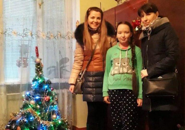 Запорізькі оперативники напередодні Новорічних свят привітали дітей
