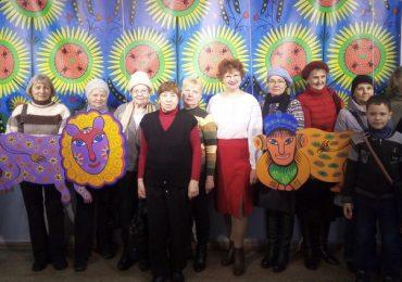 В Запорожье ветераны посетили художественный музей