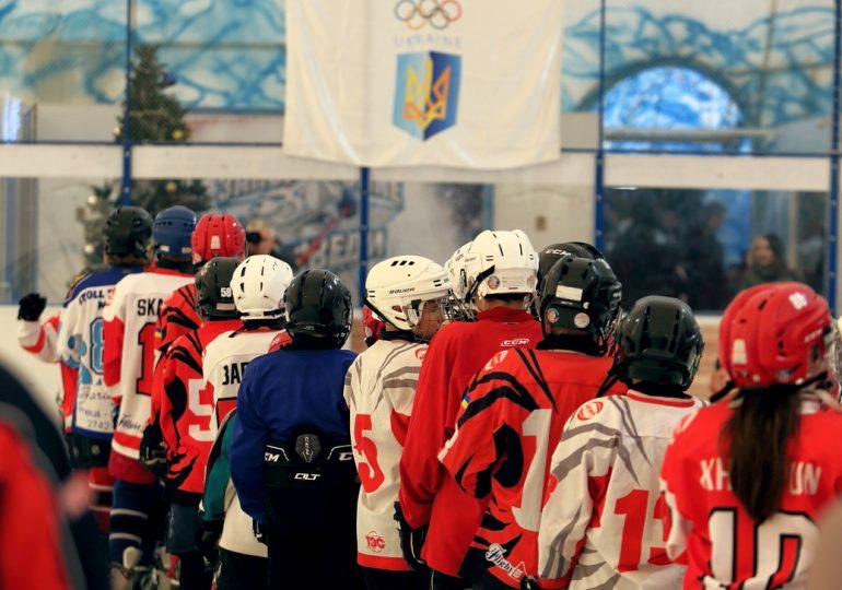 У Запоріжжі урочисто підняли олімпійський прапор на честь старту Зимової юнацької Олімпіади