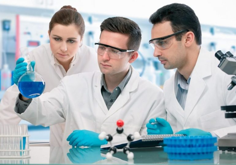 Молодих вчених запрошують позмагатися за премії ВРУ та урядові стипендії