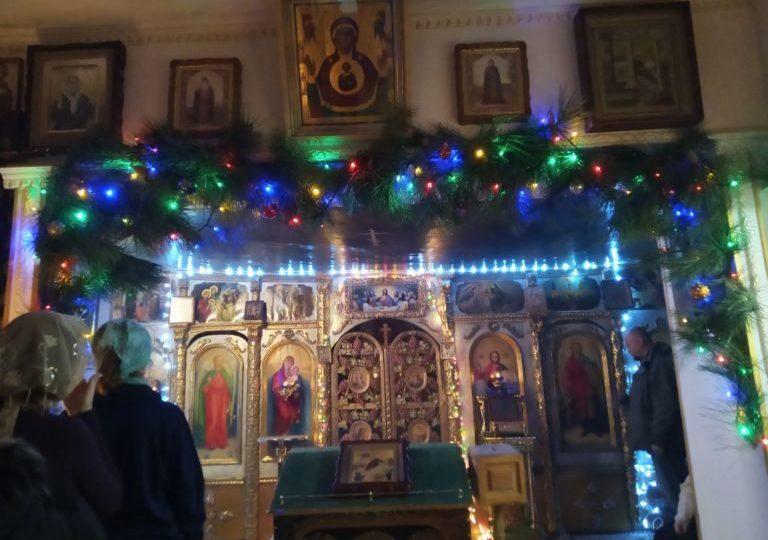 Рождественские вертепы из храмов Запорожской епархии - 2020