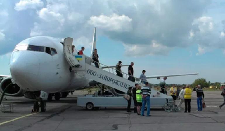 В Запорожье аэропорт побил рекорд по количеству пассажиров