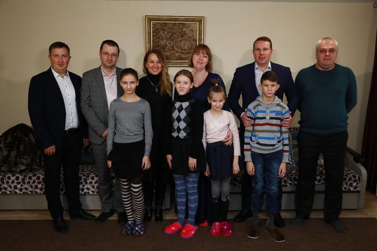 В Мелитополе сирот навестила министр социальной политики Украины