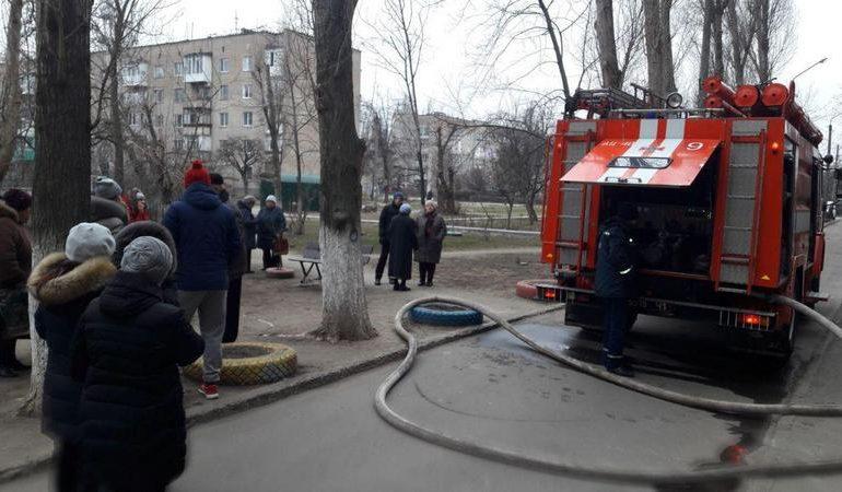 В Мелитополе во время пожара из девятиэтажки эвакуировали 50 человек