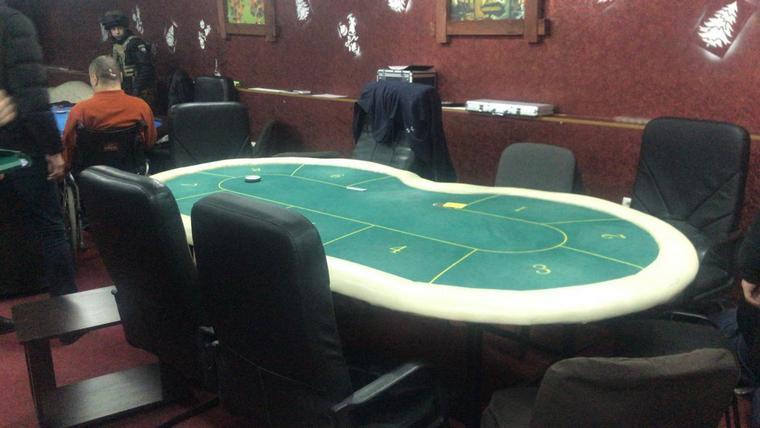 Припинено діяльність злочинної групи, що тримала казино в центрі Енергодару