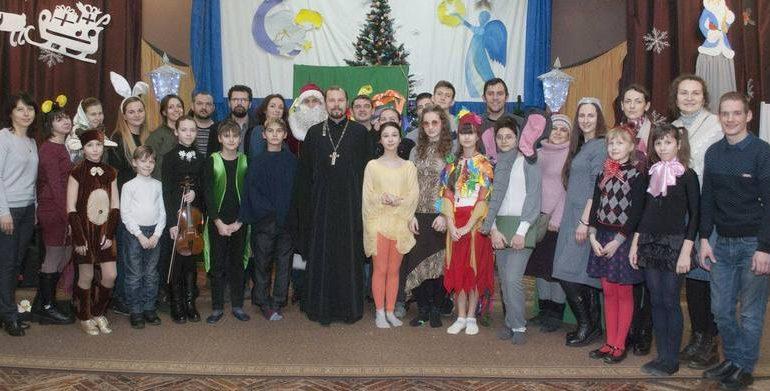 В Запорожье юные музыканты посетили детский дом-интернат