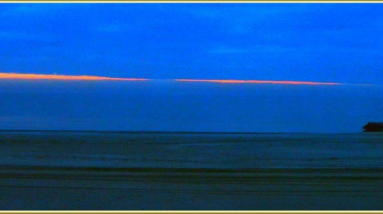 Перед рассветом на море в Запорожской области (фото)