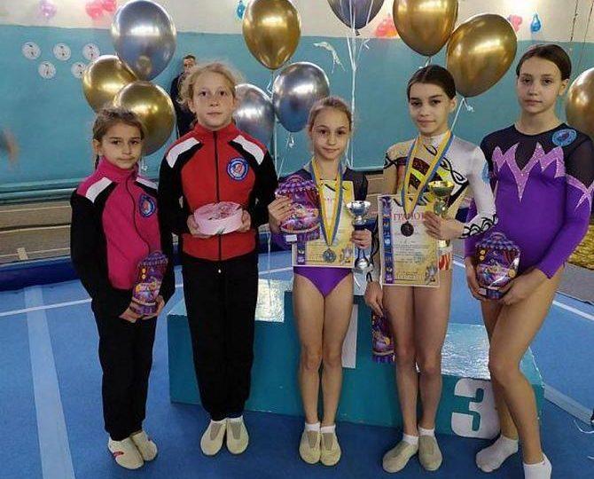 Акробаты из Бердянска успешно выступили на международном турнире