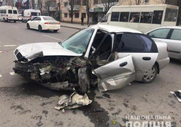 У Запоріжжі водій легковика, намагаючись втекти з місця аварії, скоїв смертельне ДТП
