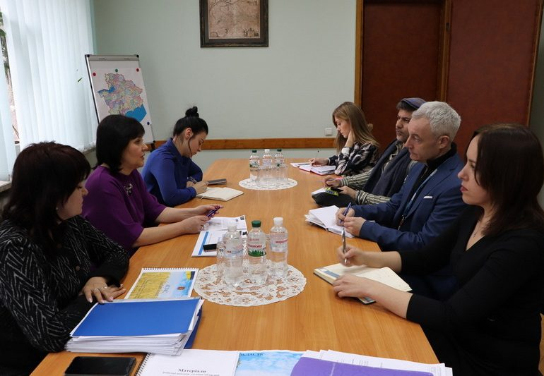 У Запорізькій області спостерігачі ОБСЄ ознайомилися з процесом створення об'єднаних територіальних громад