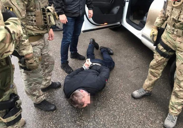 У Запоріжжі на хабарі затримали працівників Національної поліції України