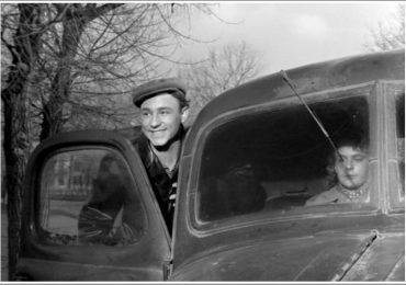 В Запорожье восстанавливают самосвал-такси из фильма «Весна на Заречной улице»