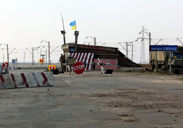 Майор Калашников в Чонгаре защищает Украину! (10 марта 2014 г.)