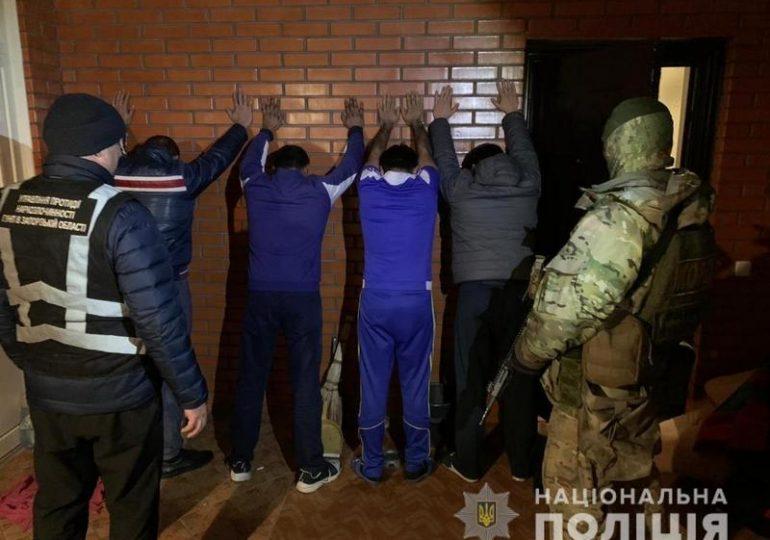 На Запоріжжі поліцейські припинили діяльність потужної нарколабораторії