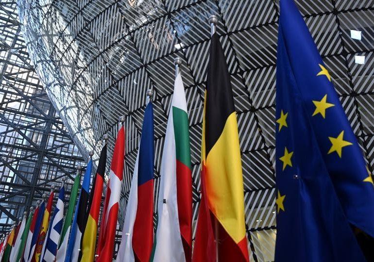 Більшість українців підтримує вступ до ЄС і НАТО