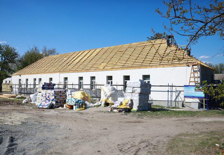 В Мелитопольском районе ведется реконструкция сельской амбулатории