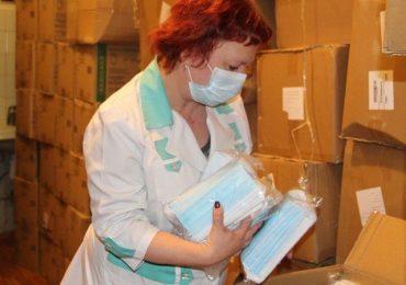 В Запорожье больницы получат 200 тысяч масок для медиков
