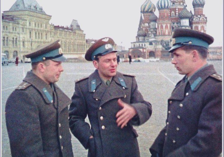 Как летчик из Запорожья стал дублером Юрия Гагарина