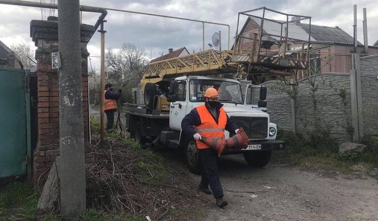 В Днепровском районе Запорожья строят сети наружного освещения