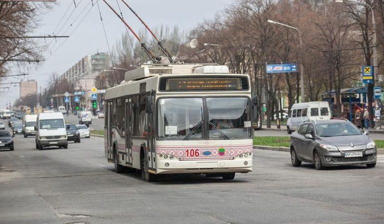 В Запорожье вводят спецпропуска для пользования общественным транспортом