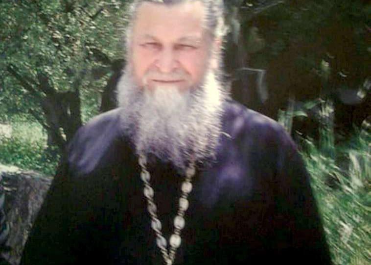 В Мелитополе проводили в последний путь любимого многими священника