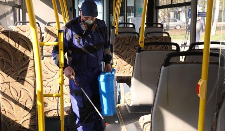 В Запорожье проводится дезинфекция общественного транспорта