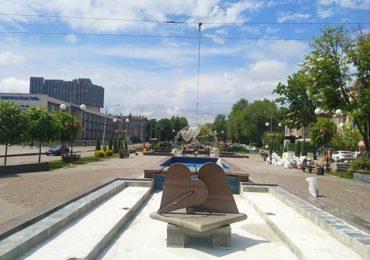 В центре Запорожья ремонтируют знаменитые фонтаны