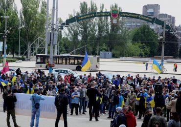 В Запорожье прошла мирная акция «#СтопРеванш» (фото, видео)