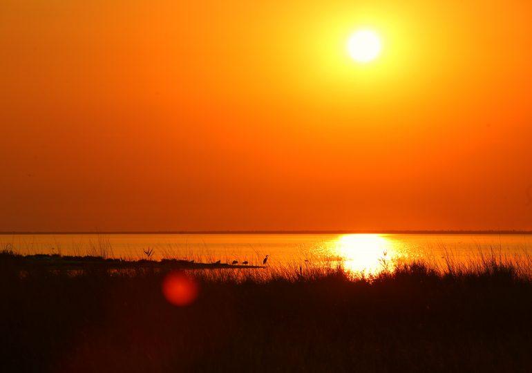 Закат в Утлюкском лимане Азовского моря (фото, видео)