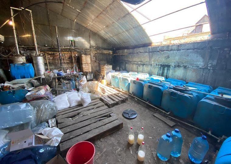 У Мелітополі виявили підпільний цех по виробництву контрафактного алкоголю