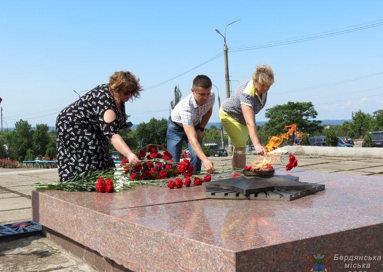 Бердянці вшанували пам'ять жертв війни в Україні