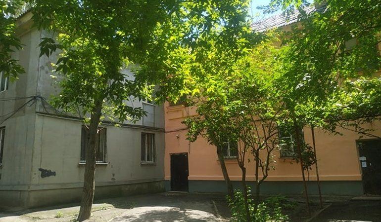 В Запорожье осовременили фасад старого дома