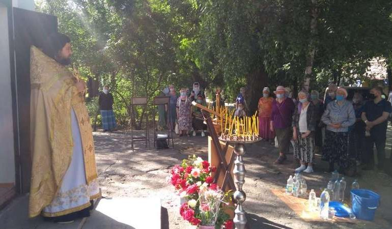 В Мелитополе часовня Луки Крымского отметила вторую Пасху