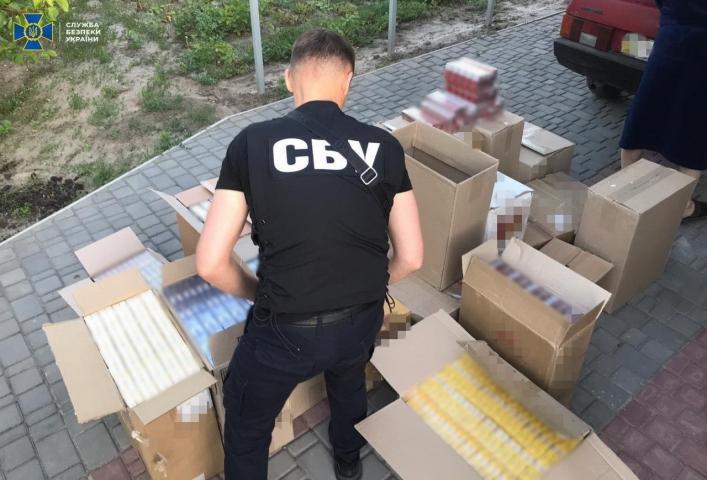 СБУ попередила продаж у Запоріжжі партії контрафактних цигарок з ОРДЛО на 2 мільйони гривень