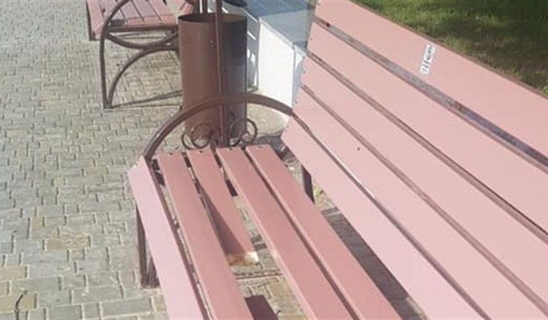 В Запорожье на Правобережном пляже орудовали вандалы