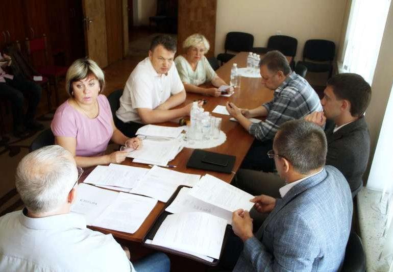 Депутати наполягають: всі виплати запоріжці повинні отримувати вчасно