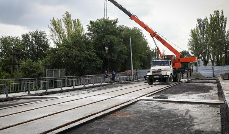 В Запорожье отремонтируют дорогу между путепроводами Калибровая-І и Калибровая-II