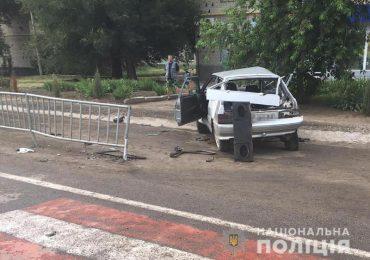 На Запоріжжі поліція встановлює обставини смертельної ДТП