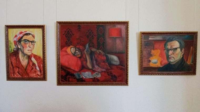 У Запоріжжі відкрилась виставка «Творча родина Жанни і Миколі Данекіних»