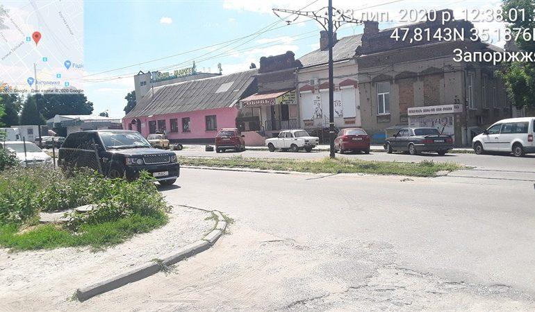 В Запорожье инспекторы по парковке вынесли 280 сообщений о привлечении к админответственности