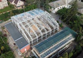 В Запорожье строят уникальную оранжерею