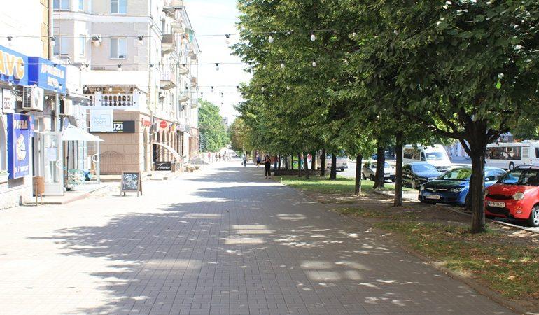 В Запорожье состоялся рейд по проверке заведений общественного питания (фото)