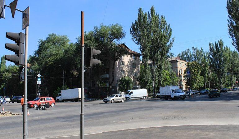 В Запорожье капитально ремонтируют светофоры