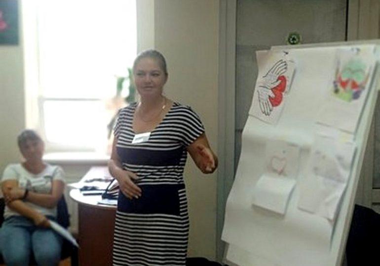 У Запорізькій області для прийомних батьків проводять спеціальне навчання